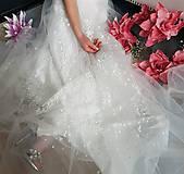 Šaty - Svadobné šaty z bodkovanej vyšívanej tylovej krajky s bolerovými rukávmi zvlášť - 10506637_