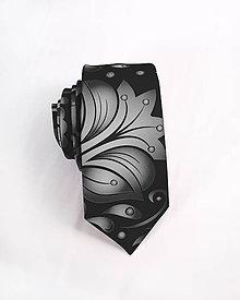 Doplnky - Pánska kravata - potlač FOLK ROSES (strieborný folk na čiernej) - 10504628_