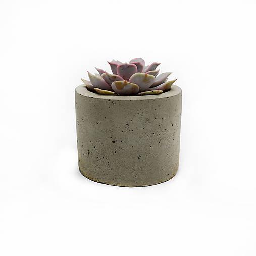 Cylinder - betónový kvetináč