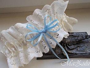 Bielizeň/Plavky - svadobný podväzok s kúskom modrého - 10508051_