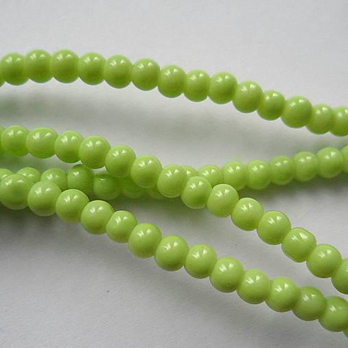 Sklenené korálky Panacolor ™ 4mm-30ks (sv.zelená)