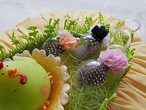 Dekorácie - Veľkonočné vajíčko pierkové  (Šedá) - 10509301_