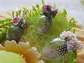 Dekorácie - Veľkonočné vajíčko pierkové  (Čierno-biela) - 10509331_