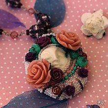 Náhrdelníky - Královna růží - 10510445_