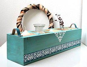 Nábytok - Drevená debnička-Tyrkysová s koženými úchytkami - 10512070_