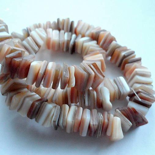 Perleťové kamienky-návlek cca 39cm