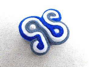 Odznaky/Brošne - Dámská šujtášová brošňa (Rovnováha) - 10512126_