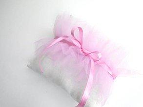 Prstene - Svadobný vankúšik pod obrúčky (Sladký tyl) - 10512182_
