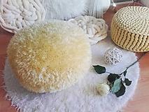 Úžitkový textil - Sunny Day - háčkovaný PUF - 10513328_