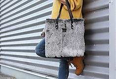 Veľké tašky - Koženo-kožušinová SHOPPER kabelka-ČIERNO-SIVÁ - 10512585_