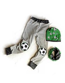 Detské súpravy - Futbal set tepláky,čiapka,nákrčník - 10512084_