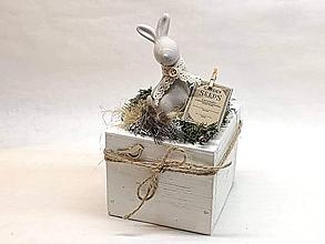 Dekorácie - Veľkonočná dekorácia so zajkom - 10513725_