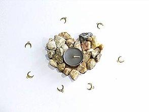 Svietidlá a sviečky - Kamenné srdce svietnik - 10513870_