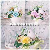 Dekorácie - kvetinová šáločka s vtáčikom - 10517620_