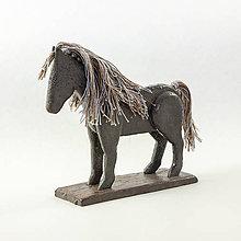 Dekorácie - Koník keramický 2. Rozmer 13 x 13 cm - 10515942_