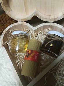 Potraviny - Darčekové medy v drevenom srdci - 10516536_
