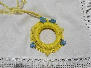 Detské doplnky - hačkovaný náhrdelník pre dievčatá - 10521306_