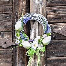 Dekorácie - Venček na dvere s tulipánmi - 10518937_