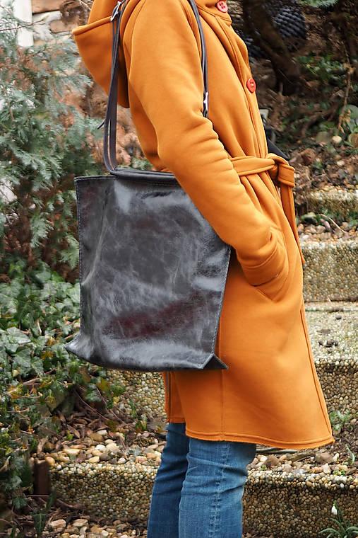 Velká kožená kabelka-černá