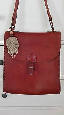 Kľúčenky - Macramé pierko na tašku, kabelku a kľúče... - 10520607_