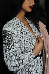 Šaty - Boho šaty z bavlny s výšivkou - 10520302_
