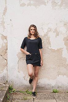 Šaty - Čierne mini šaty s výstrihom vzadu BLACK & WHITE COLLECTION - 10518703_