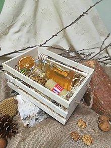 Potraviny - Debnička  plná včelích darov - 10521466_