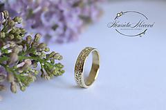 Prstene - zlatý folklórny prsteň - zásnubný - Hlboké pri Senici - 10519909_