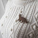 Odznaky/Brošne - Drevená brošňa líška - 10524678_