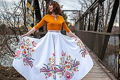 Sukne - Dlhá kruhová sukňa farebná - 10522997_