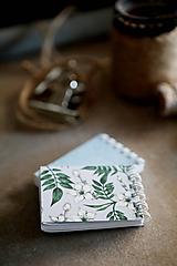 Papiernictvo - Kvetinové mini zápisníčky - 10526260_