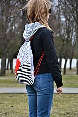 Batohy - Batoh/backpack červené srdce - 10525362_