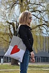 - Taška/shopper červené srdce - 10526563_