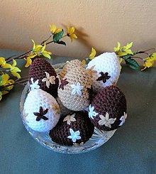 Dekorácie - Veľkonočné háčkované vajíčka v jemných farbách - 10527100_