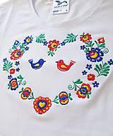 """Tričká - Vyšívané dámske tričko s ľudovým motívom """"srdce"""", krátky rukáv - 10526362_"""