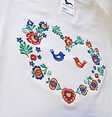 """Tričká - Vyšívané dámske tričko s ľudovým motívom """"srdce"""", krátky rukáv - 10526363_"""