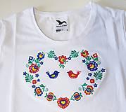 """Tričká - Vyšívané dámske tričko s ľudovým motívom """"srdce"""", krátky rukáv - 10526364_"""