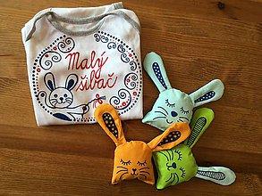 Detské oblečenie - Maľované ľudovoladené jarné so zajačikom a nápisom