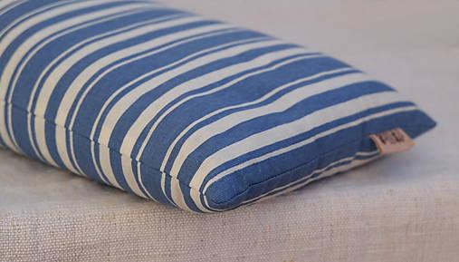 Šupkový FILKI vankúš 40 cm (modro-biele pruhy)