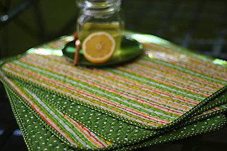 Úžitkový textil - Filki prešívané prestieranie 4 kusy (Zelená jarná) - 10525213_