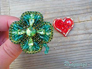 Odznaky/Brošne - Brošňa...vyšívané (Four-leaf clover) - 10532062_