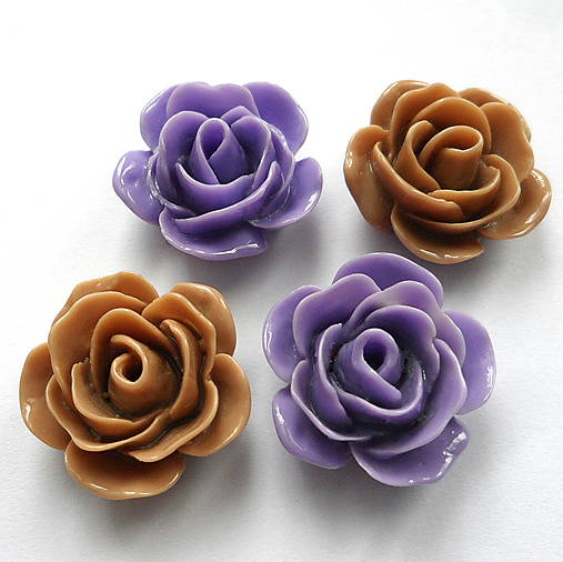 Kvet plast/kabošon 22x11mm-1ks