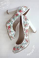 Obuv - Rozkvitla lúka topánočky - 10532438_