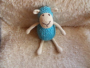 Hračky - Milá háčkovaná ovečka (Modrá) - 10530704_