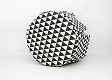 Košíky - Košík-organízer na kozmetiku s geometrickým vzorom - 10535429_