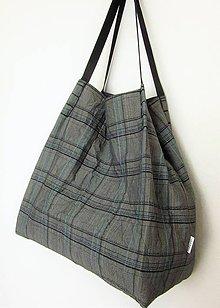 Veľké tašky - Veľká kockovaná  taška sivej farby - 10535487_