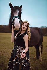 Ozdoby do vlasov - Mosadzný konárikový venček s čiernymi kvetmi a čiernymi achátmi - Slavianka - 10533096_