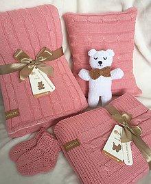 Textil - Set pre bábätko-teplá deka, tenká deka, vankúšik, macík a capačky - 10535358_