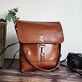 Batohy - Kožený batoh Lara (koňakový-tmavý) - 10534155_