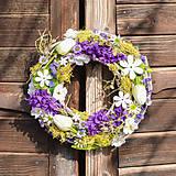 Dekorácie - Jarný venček s hyacintom - 10534617_
